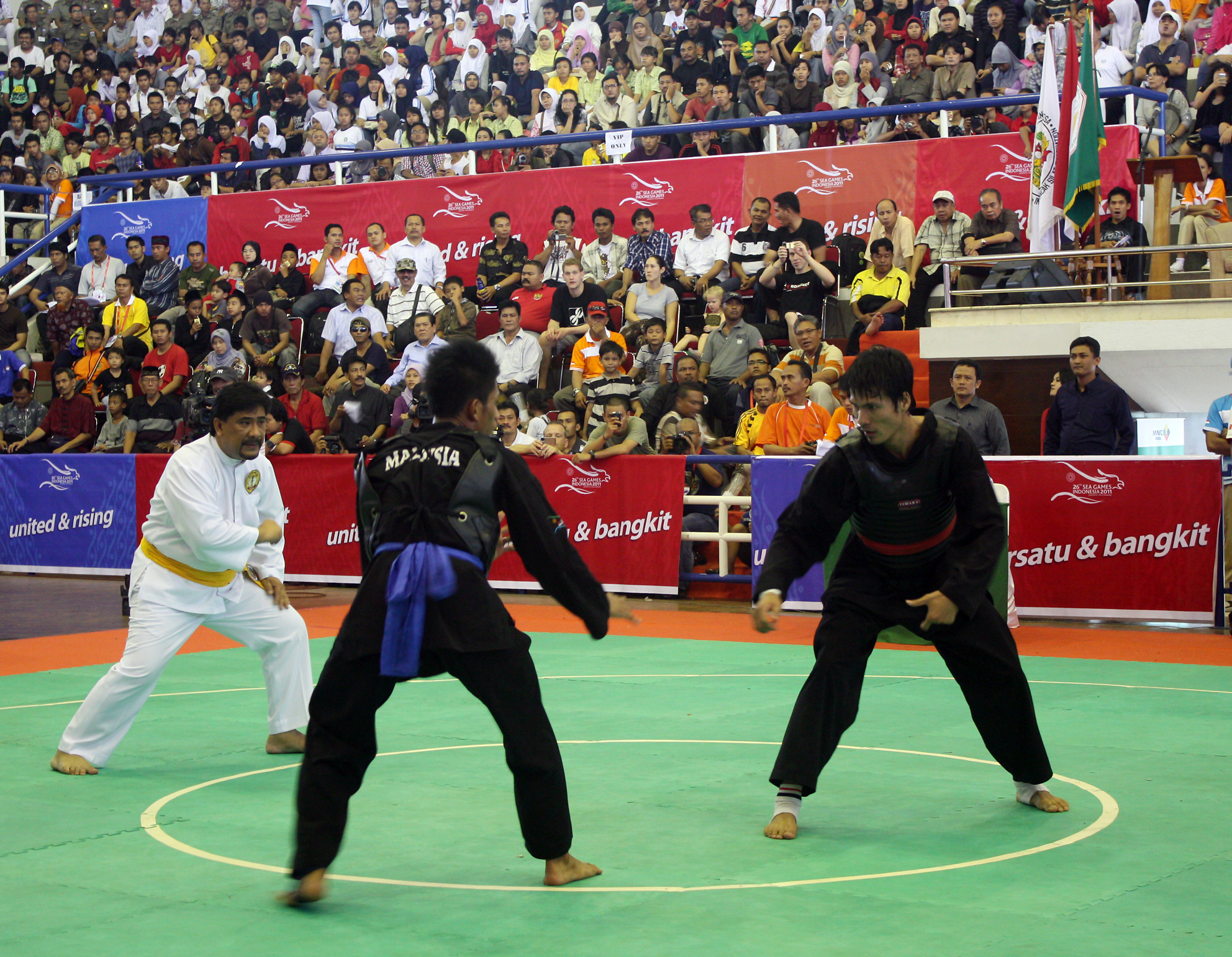 Azerbaijani pencak silat team to co...